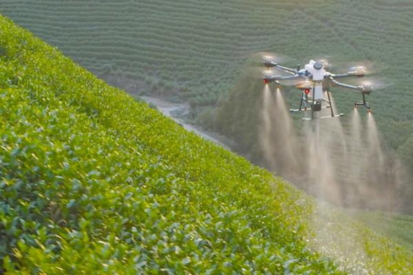 ドローンによる農薬空中散布